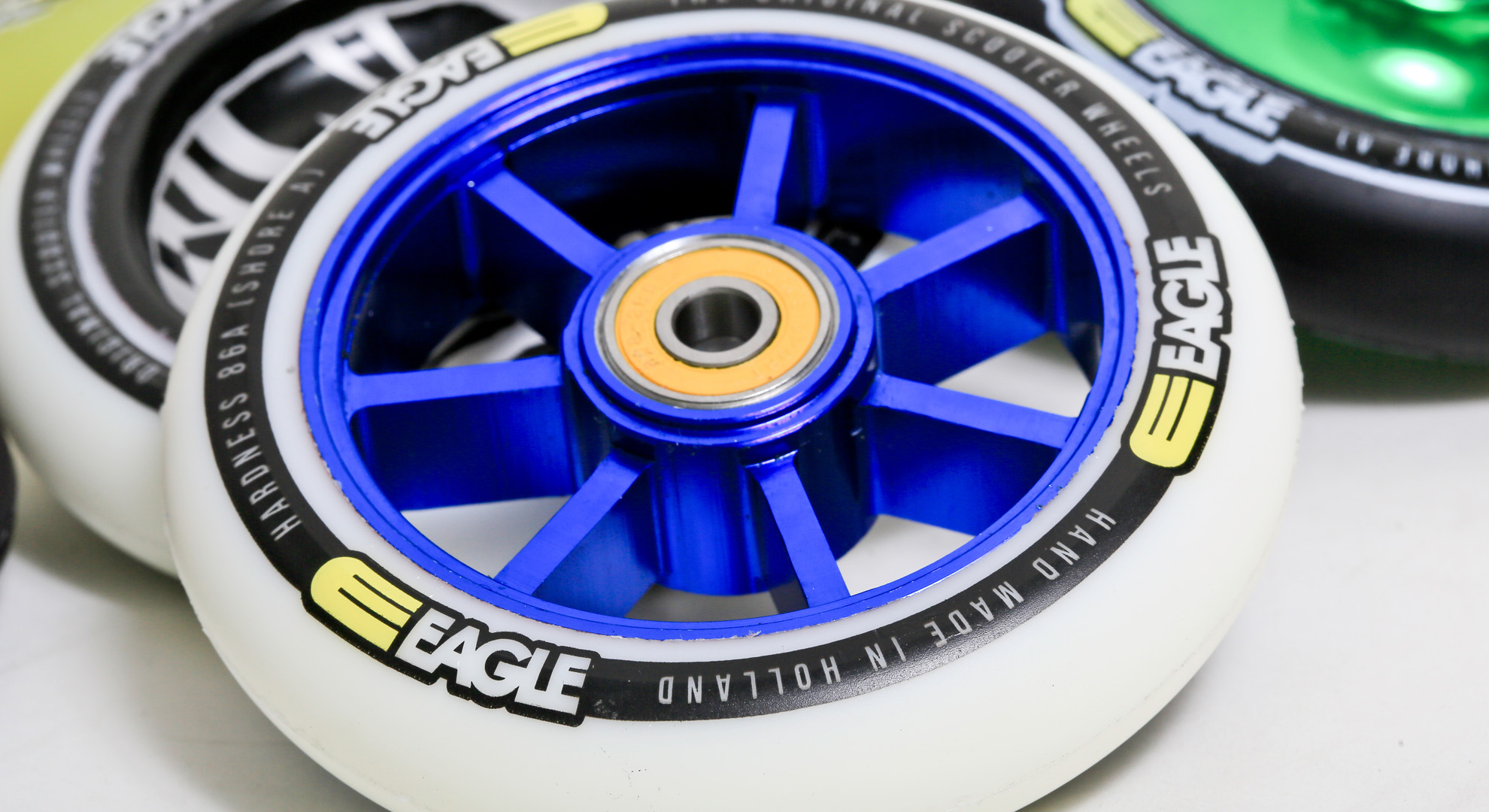 Wallpaper Eagle Supply wheels